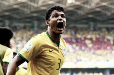 """Thiago Silva: """"Júlio avisou que ia pegar os pênaltis"""""""