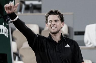 Thiem sofre, mas vence Gaston em cinco sets e avança em Roland Garros