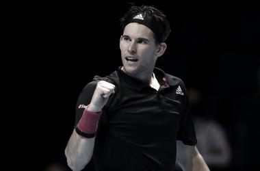 Após longa batalha, Thiem supera Djokovic e chega à segunda decisão seguida do ATP Finals