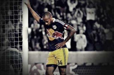 Célébration de Thierry Henry qui avait fait le buzz en 2013 (Crédit Photo : Foot Mercato)