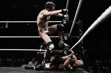 Una muestra mas de la brutalidad con la que Gargano encaró ese combate.  Fuente: (wwe.espanol.es)