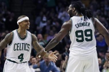 NBA Playoffs - Isaiah Thomas motore dell'attacco e le triple in transizione dei Celtics