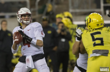 Luke Falk performed well during Washington State's win over Oregon (image source: Brandon Farris/Vavel)