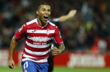 Nueve goles de Machís en casa, diez puntos para el Granada