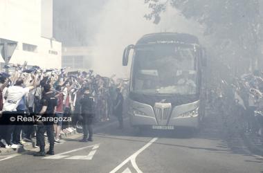 Una llegada del equipo / Foto vía Real Zaragoza