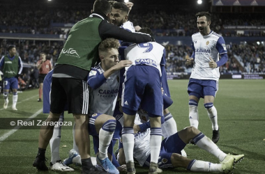Celebración del momentáneo 2-2 anotado por Javi Puado. // Foto: Web Real Zaragoza.