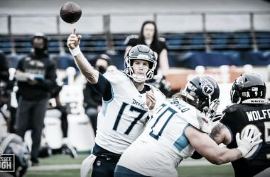 Domingo de NFL tem vitórias de Steelers e Titans e grave lesão de Burrow