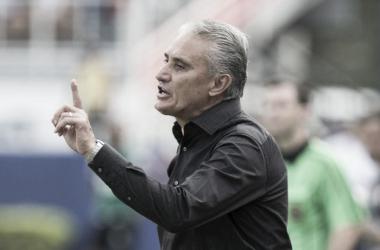 """Tite afirma pressão pelo desempenho da equipe: """"Necessitávamos o resultado"""""""