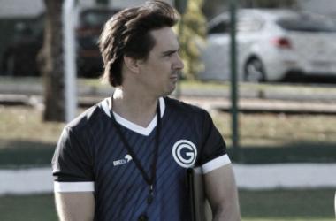 Thiago Larghi pede reforços e muitas mudanças no Goiás após queda na Copa do Brasil