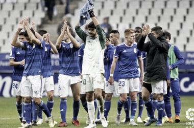 El equipo aplaude al termino del encuentro contra el Malaga. Imagen: LaLiga123
