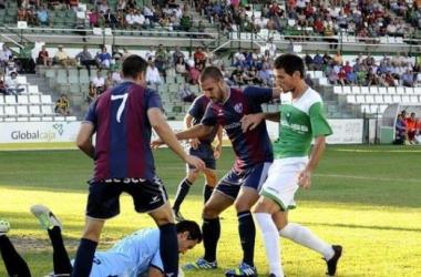 El Huesca volvió a adelantarse y apeó de la Copa del Rey al Toledo /