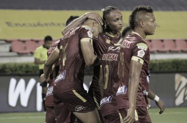 Deportes Tolima venció sobre el tiempo y se mantiene lider