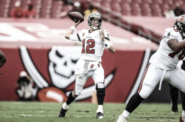 Brady 'on fire', Seattle Seahawks invicto e mais: resultados do domingo de NFL