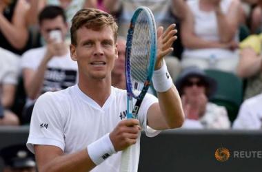 Wimbledon: Berdych Blazes Past Mahut