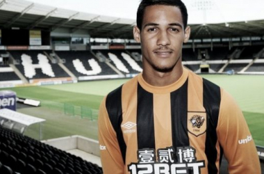 Blackpool and Hull City agree fee for Tom Ince
