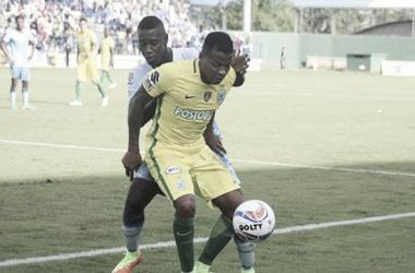 Cuando Jaguares mejor jugaba, Andrés Rentería respondió marcando el único gol del compromiso | Foto: Colprensa