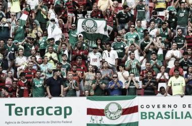Partida foi marcada por terem torcidas mistas na maior parte do estádio (Foto: Divulgação/Palmeiras)