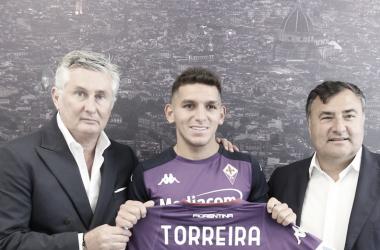 Ex-Arsenal, uruguaio Torreira é anunciado pela Fiorentina