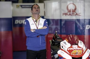 Piero Taramasso en el box del Pramac. Fuentes: redes oficiales del equipo.