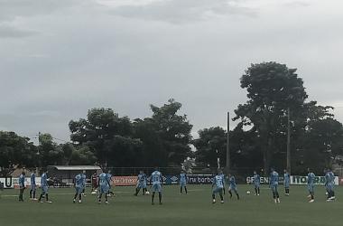 Mano Menezes fecha último treino do Cruzeiro antes de 'decisão' contra o Vasco pela Libertadores