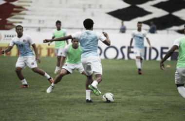 Com time misto, Santa Cruz visita Rio Branco-ES na estreia da Copa do Brasil