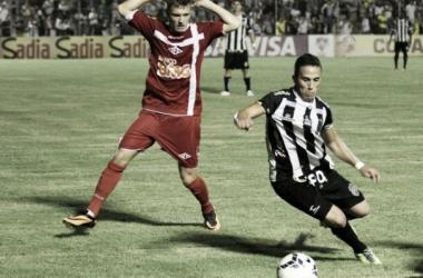 Com um gol no final, Treze-PB vence de virada o Tombense-MG, pela Copa do Brasil