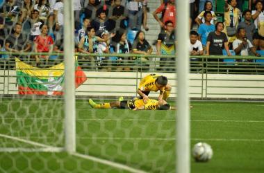 Ryutaro Megumi and Irwan Shah celebrate the latter's 91st minute winner (Photo credit: Tampines Rovers Facebook)