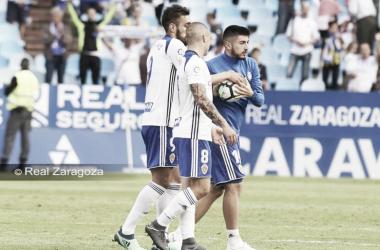 La BPP celebra el hat-trick de Papu. | Foto: Real Zaragoza