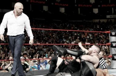 Triple H cost Seth Rollins the WWE Universal Championship (image: inquisitr.com)