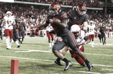 Duke Catalon scored three touchdowns in Houston's 36-10 triumph (image source: Troy Taormina/USA TODAY Sports)
