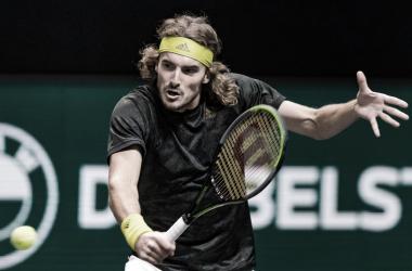 Stefanos Tsitsipas venceu Karen Khachanov no Rotterdam Open 2021 (ATP / Divulgação)