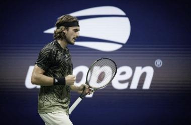 Tsitsipas aplica 'pneu' no quarto set e elimina Mannarino no US Open