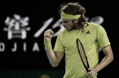 Tsitsipas consegue virada espetacular contra Nadal e vai às semis do Australian Open