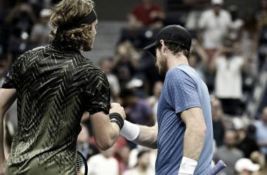 Em jogo dramático de quase 5 horas, Tsitsipas estreia no US Open com vitória contra Murray