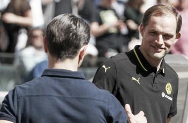 Tuchel cumprimenta Kovac na derrota aurinegra (Foto: Divulgação/BVB)
