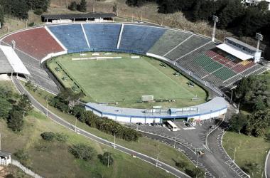 Estádio Municipal Radialista Mário Helênio será o palco da partida, que, inicialmente, foi anunciada para o Mineirão (Foto: Carlos Barboza/Prefeitura de Juiz de Fora)
