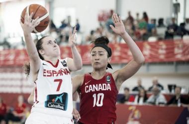 España se impone ante una física Canadá