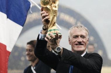 Dechampscelebrandola victoria de Francia.   Foto: FIFA.com
