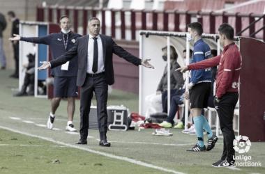 José Gomes(50) haciendo aspavientos a Sergio González. Fuente:LaLiga
