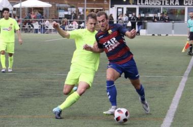 Imagen del partido disputado el domingo entre la UE Llagostera i el Santboià. Fuente: uellagostera.cat