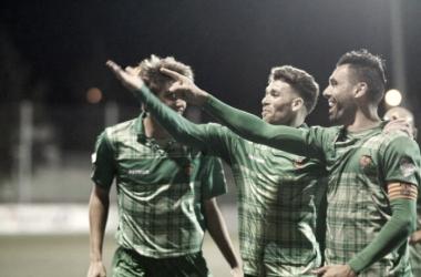 Gallego celebra uno de los goles del partido. Foto: Andrés Ayala