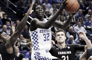 Kentucky's Wenyen Gabriel shoots a layup at the rim for two of his 11 points on the night. (Photo: James Crisp/AP)