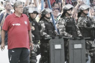 Treinador relatou que a diretoria queria sua permanência (Foto: Jamira Furlani/Avaí FC)