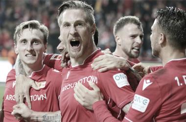 Dia histórico para Berlim: Union supera Hertha em clássico inédito na Bundesliga