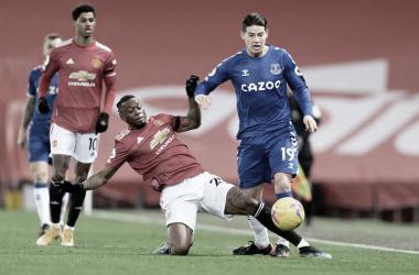 El Everton rescata un empate impensado en Old Trafford