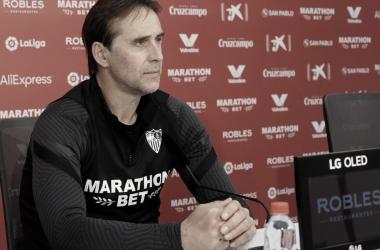 Julen Lopetegui en la sala de prensa previa al partido contra el Celta / Foto: Sevilla FC