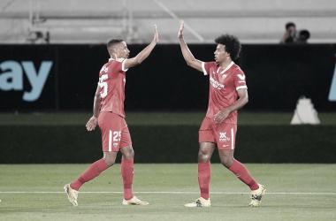 Fernando y Koundé celebran un gol en Balaídos / Foto: Sevilla FC