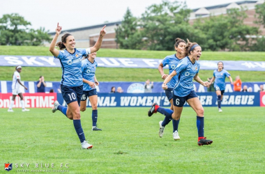 Sky Blue FC celebrating their first win in 2018 l Photo: Jeffrey Auger