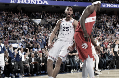 Todo el Wells Fargo Center fue euforia pura a lo largo de todo el juego. Fuente: @NBA.
