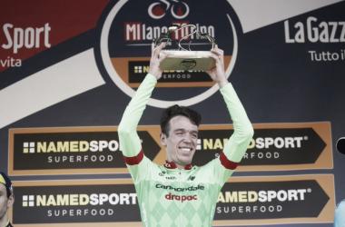 Rigoberto Urán en el podio celebrando su victoria | Foto: Cannondale